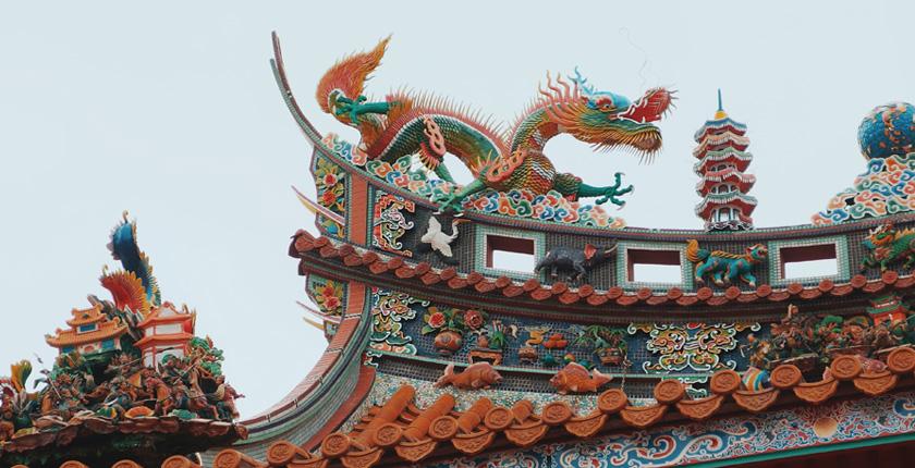 Decorazioni sui tetti a Shanghai
